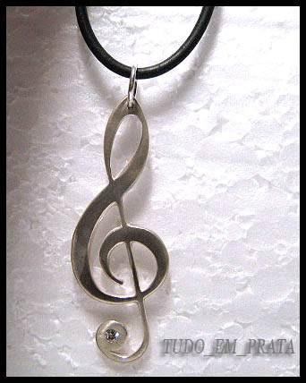 pingente clave de sol em prata-cravação de zircônia, cordão
