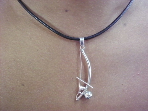 pingente cordão corrente masculino berimbau em prata 950k