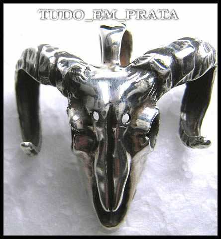 pingente crânio de bode com cordão de 4mm em prata
