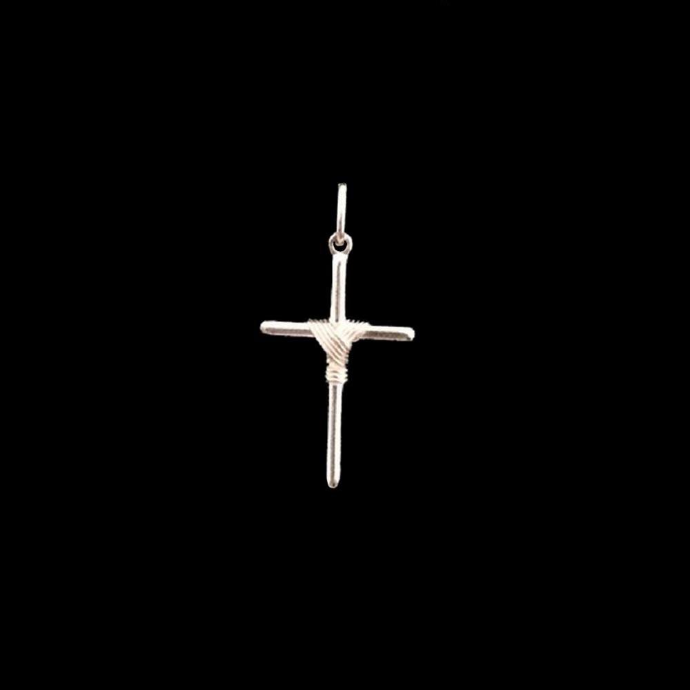 Pingente De Cruz Em Prata 925 - R  35,00 em Mercado Livre f7b561a653