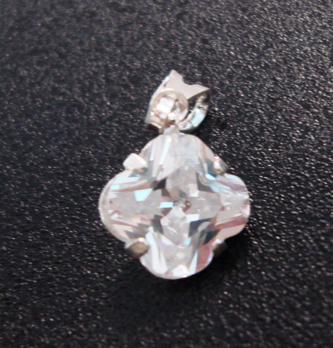 pingente em prata 925 - trevo 8mm - coleção 2016