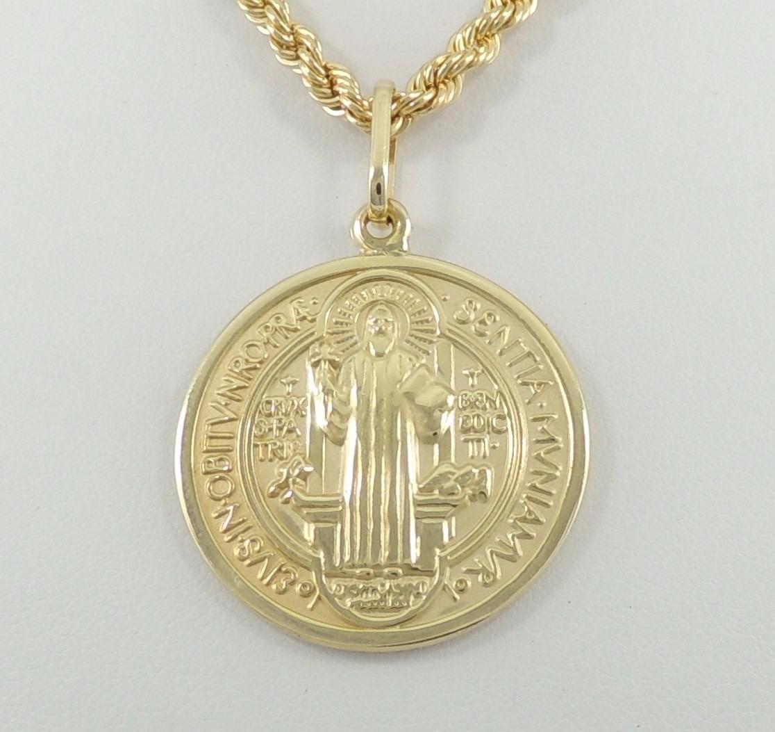 39def5aeaec82 Pingente Medalha De São Bento Gg Ouro 18k 750 - R  1.450,00 em ...