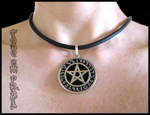 pingente pentagrama wicca - oxidado no baixo relevo