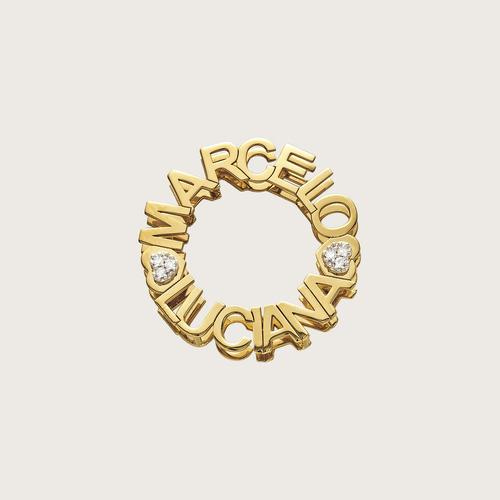 pingente personalizado com nome em ouro 18k(750) e diamantes