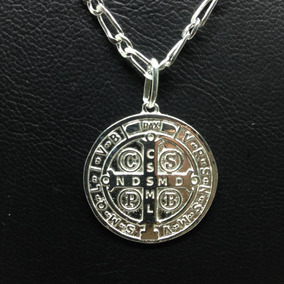 04b0fc4b69314 Medalha De Sao Bento De Prata - Pingentes de Prata no Mercado Livre ...