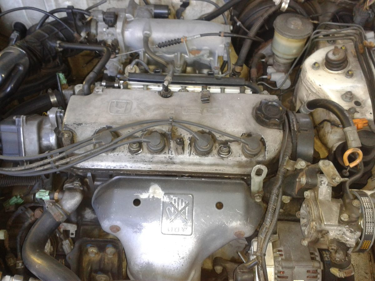 Honda Accord Motor F22 Cargando Zoom