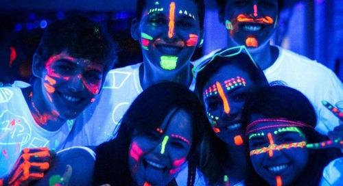 pintura fluorescente neon para maquillaje