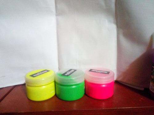pintura neon para fiesta rave ,neon brilla con luz uv.