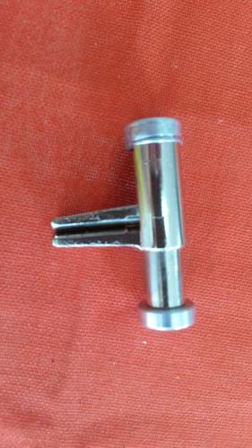 pinzas para presionar mangueras hasta 1,5 cm diametro - &15