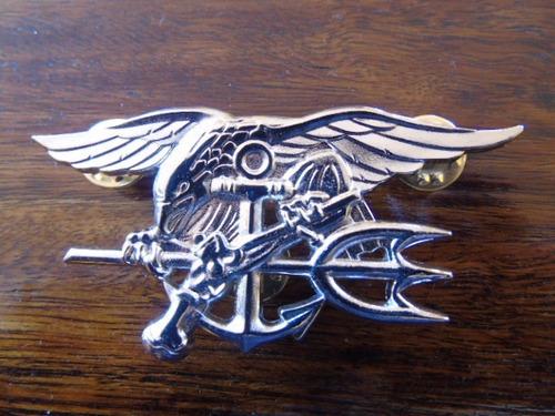 piocha insignia metálica navy seal original