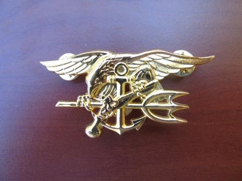 piocha insignia metálica original navy seal usa.