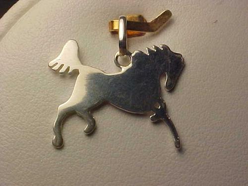 #pip3111776n - pingente cavalo em prata