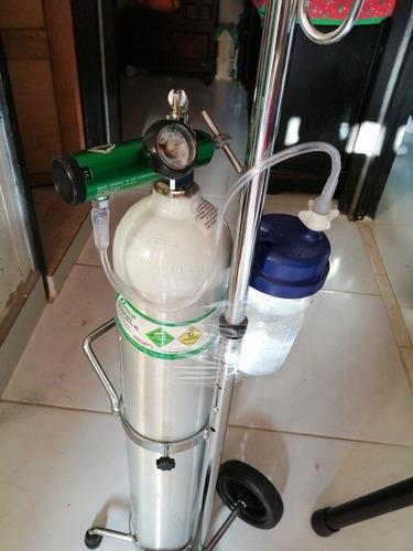 pipa de oxígeno +carrito+ regulador+canula