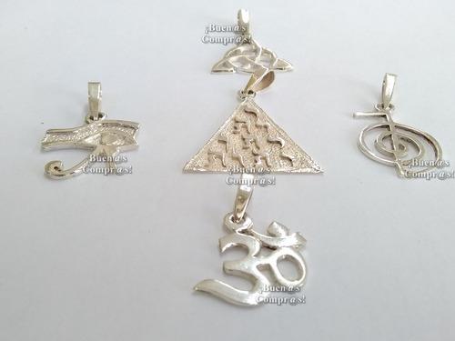 pirámide con los nombres de dios en hebreo dije de plata 925