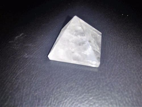 pirámide de cuarzo cristal excelente! (pregunte x mayor)