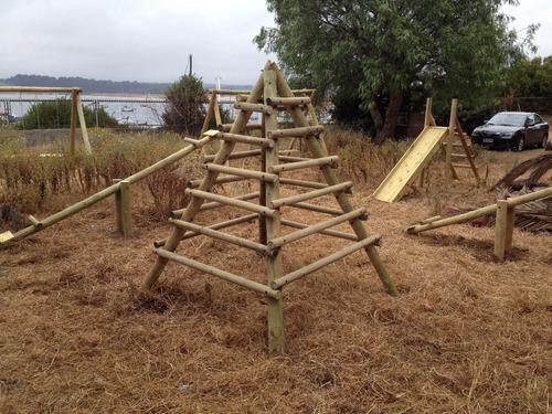 pirámide de madera - rústica - juego infantil en madera