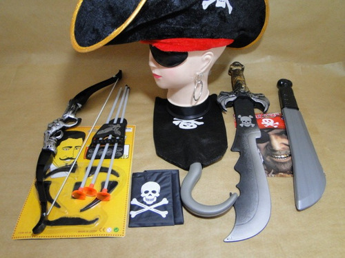 pirata caribe arco flecha facão espada chapeu bandana gancho