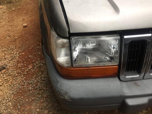 pisca lateral direito jeep cherokee laredo