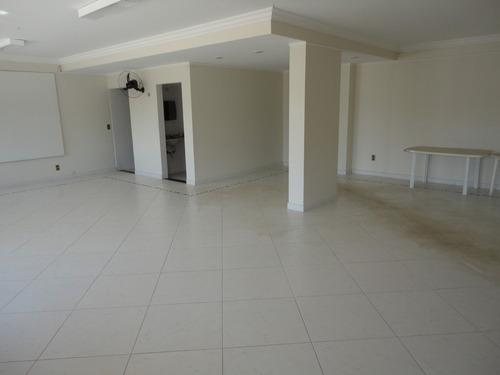 piscina, churrasqueira, sala em l,, suite, varanda, apa0056