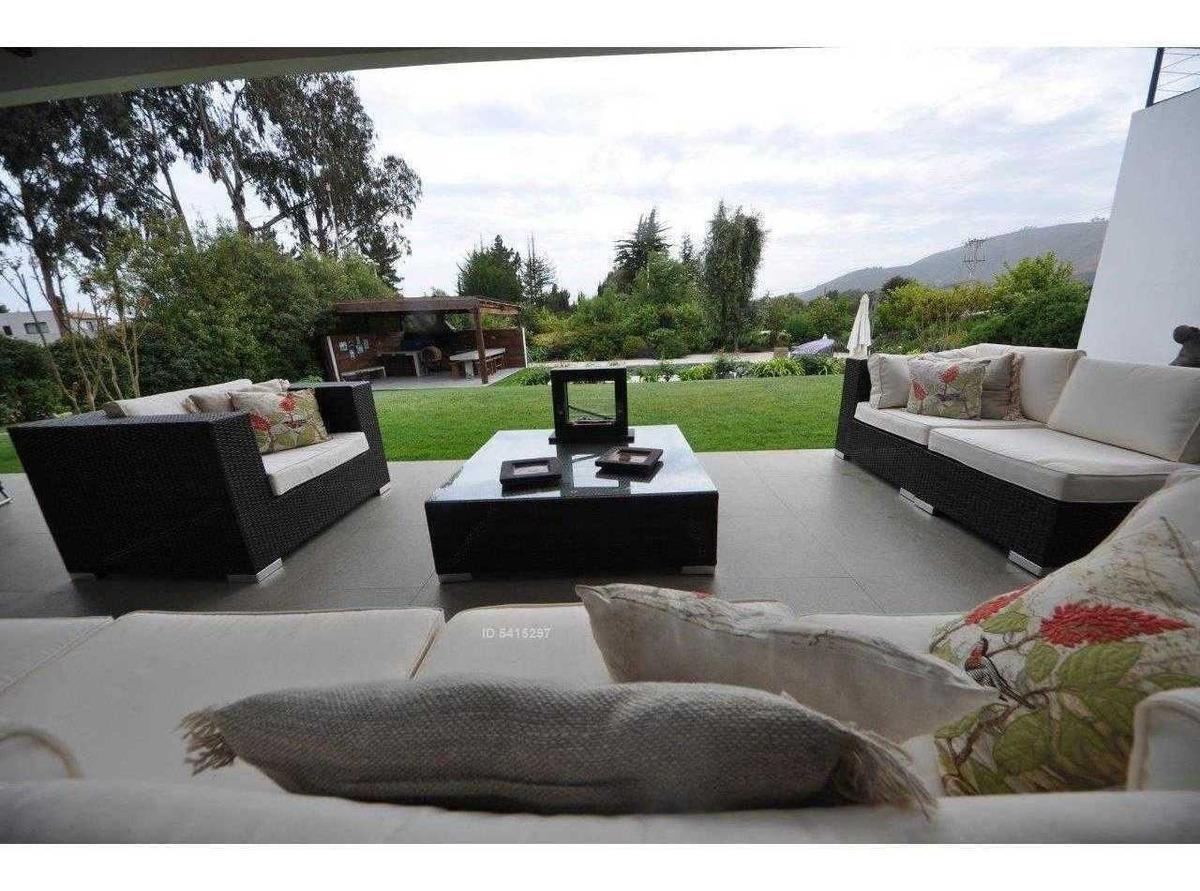piscina con reja / marbella condominio / 2 cuadras de club de golf / vista canchas
