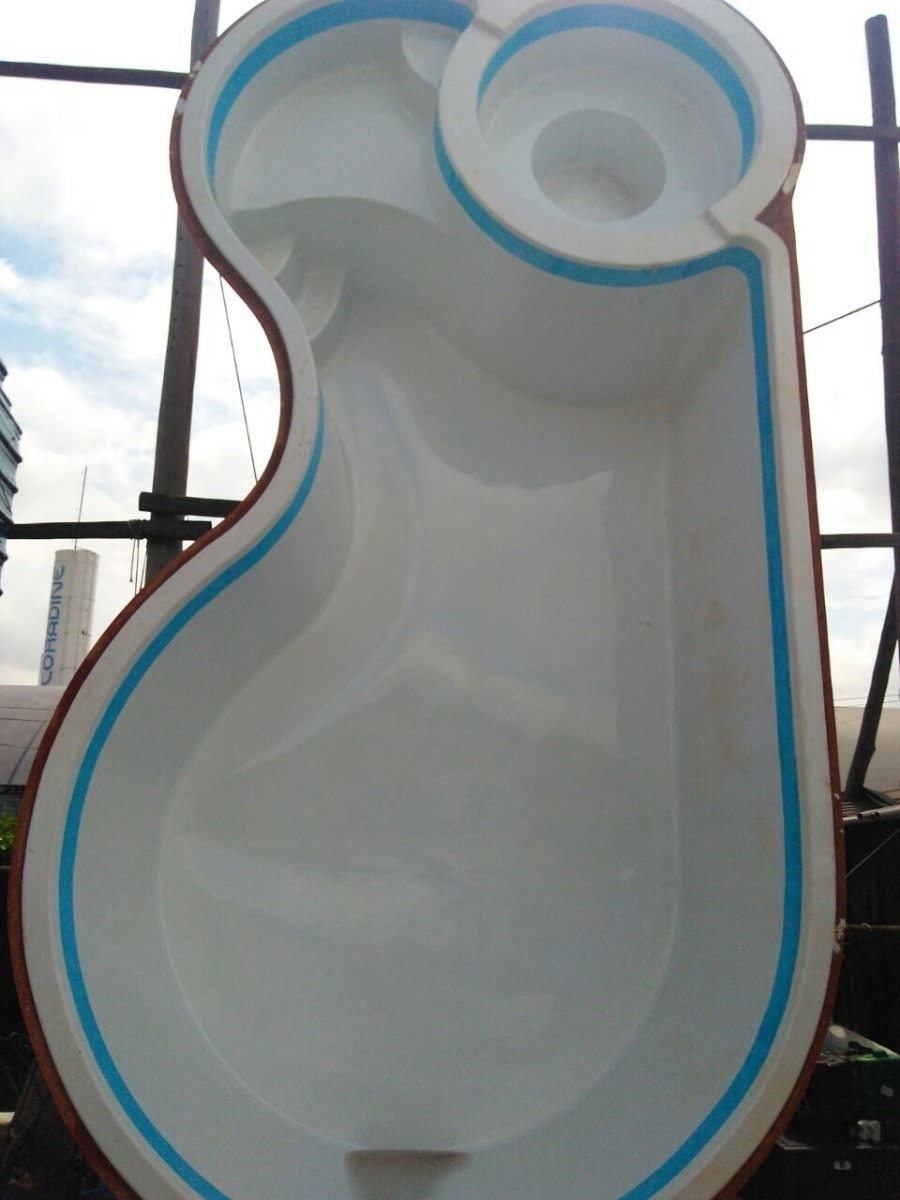Piscina De Fibra Lider Modelo Ld 708 Branca 23 000 Litros R