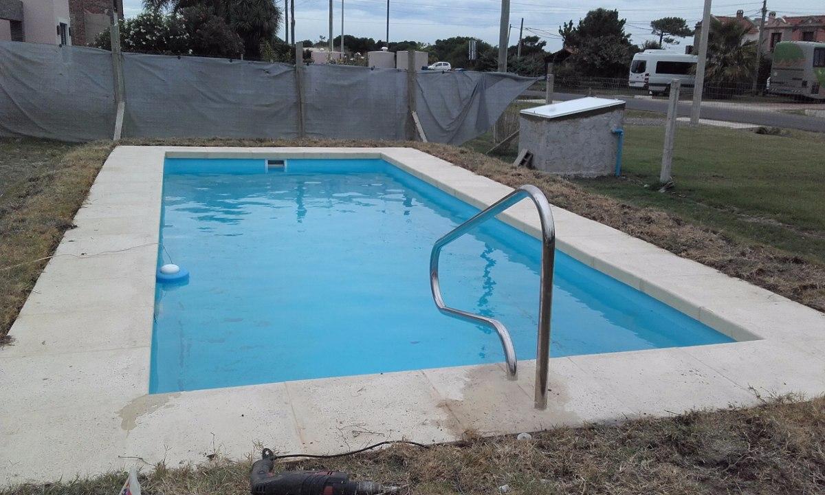 piscina de fibra zoom