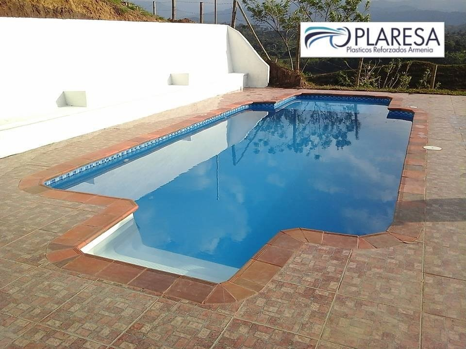 Piscina fibra vidrio trendy piscinas with piscina fibra for Piscinas de fibra de vidrio