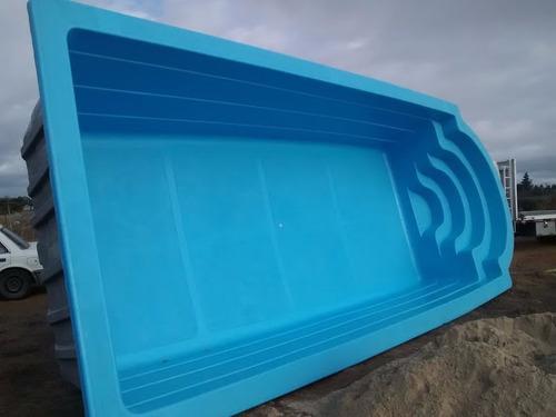 Piscina fibra de vidrio 8 1 x 3 4 mts instalada for Modelos de piscinas en chile