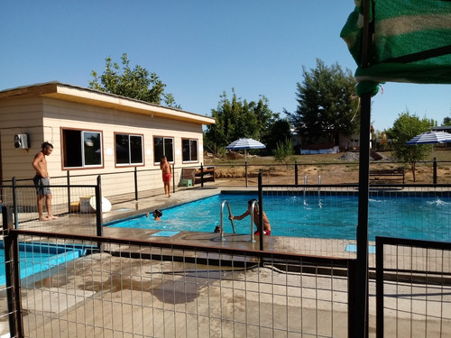 piscina gamonal en cachapoal
