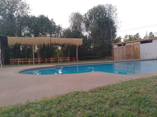 piscina para paseo de familias, grupos, ubicada en buin