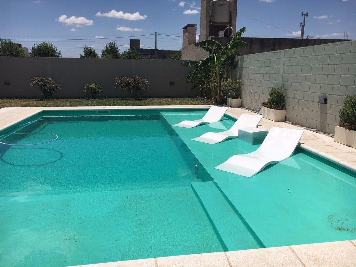 Piscinas construcci n en hormig n proyectado servicio for Estructura para piscina
