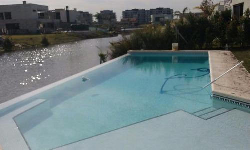 piscinas de hormigon aguas verdes