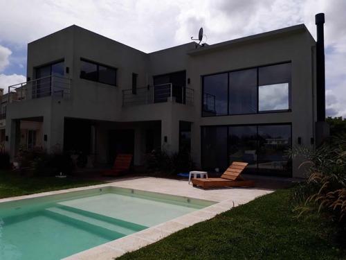 piscinas de hormigón -   sj piletas construcciones.