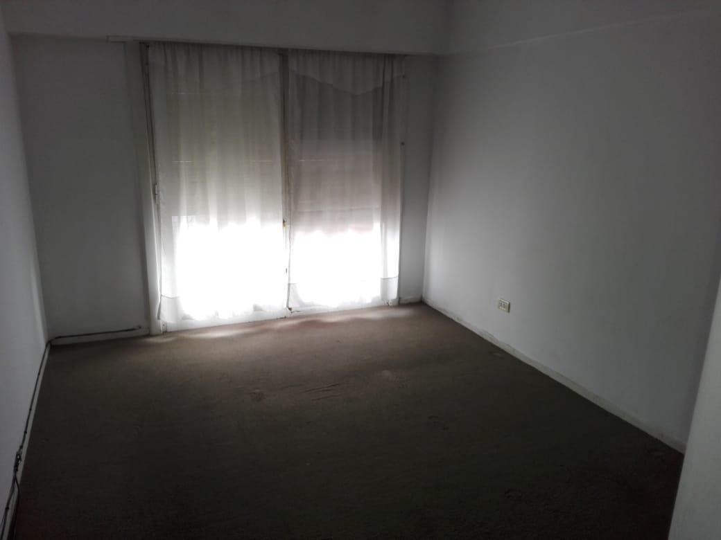 piso 3 ambientes con dependencia