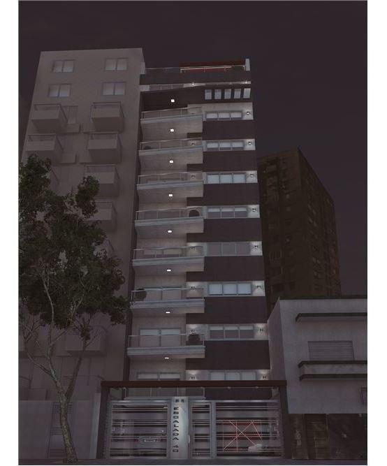 piso 4 ambientes con cochera en villa luro.