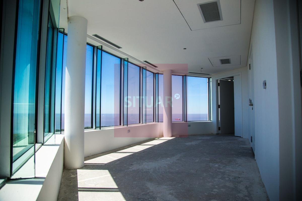 piso alto de 5 ambientes doble cochera baulera dependencia en torre renoir puerto madero