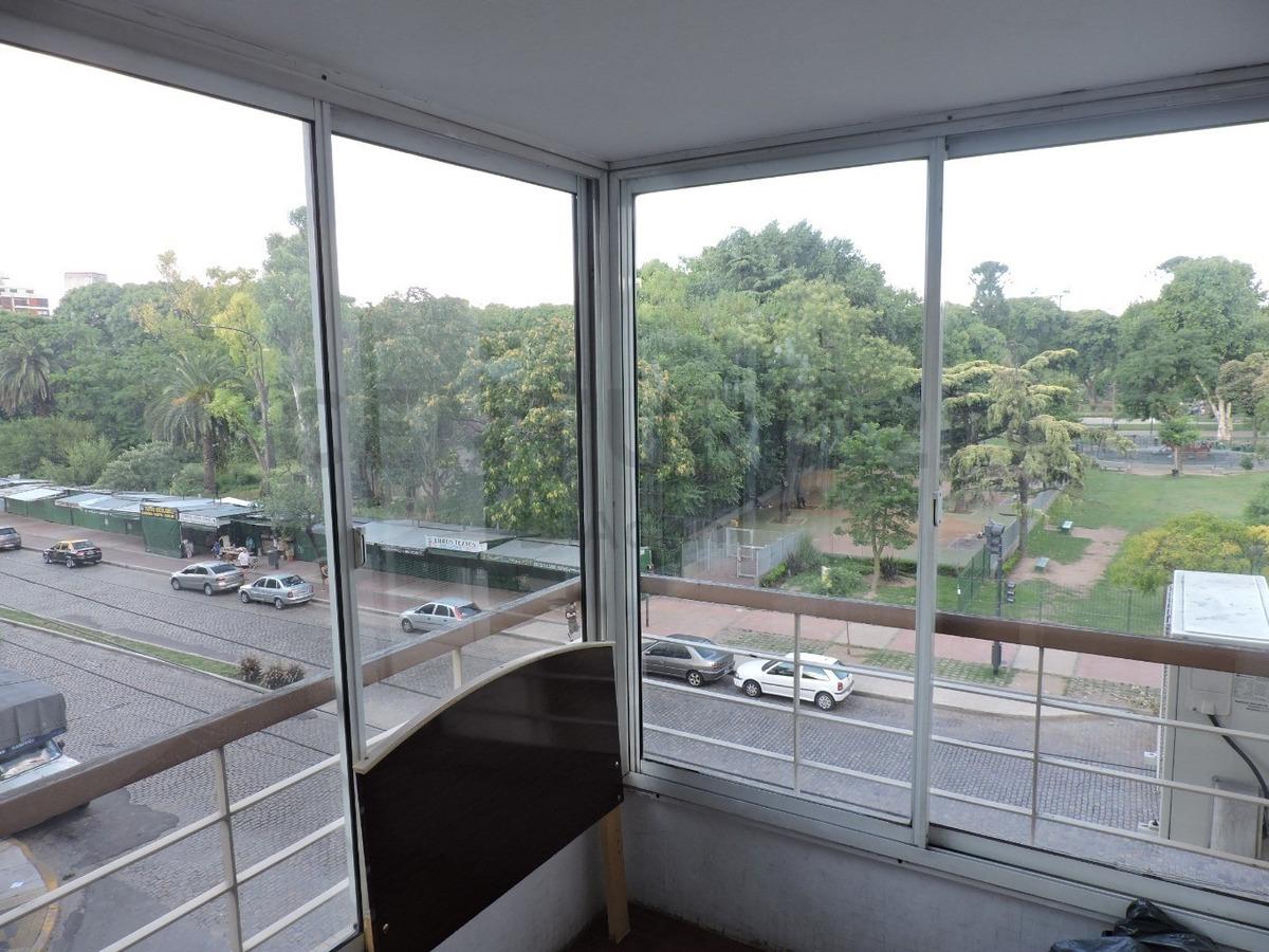 piso categoría 4 amb, escritorio, dependencia, cochera, baulera, vista al parque