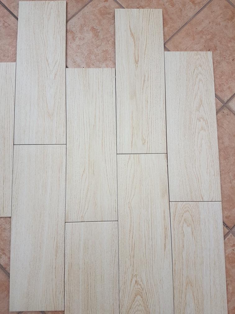 Piso ceramico tipo madera promocion en mercado for Ceramica tipo madera