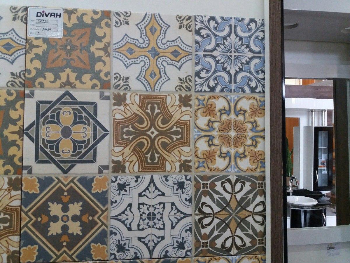 Piso cer mico estilo patchwork portuguesa r 94 50 em - Estilo patchwork ...