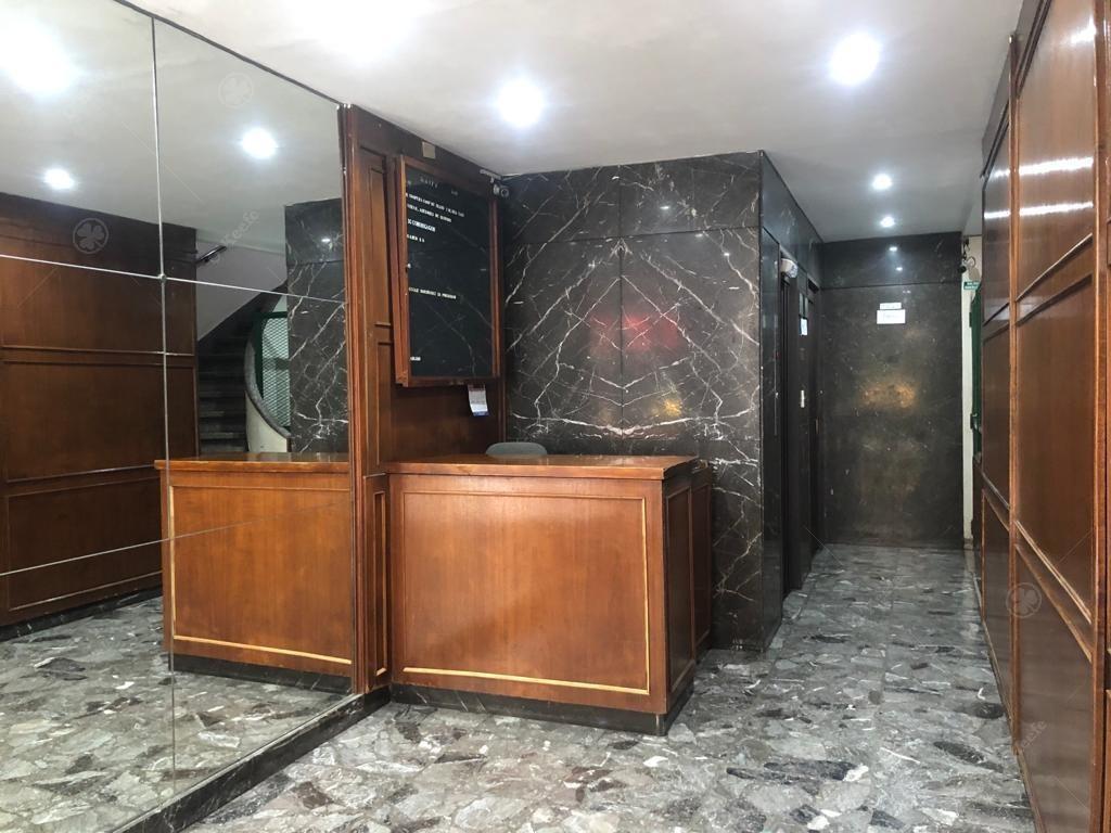 piso completo de oficina en centro de caba- san nicolas