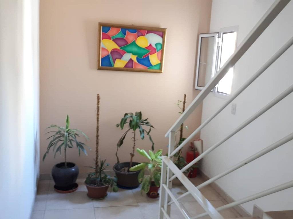 piso de 3 ambientes