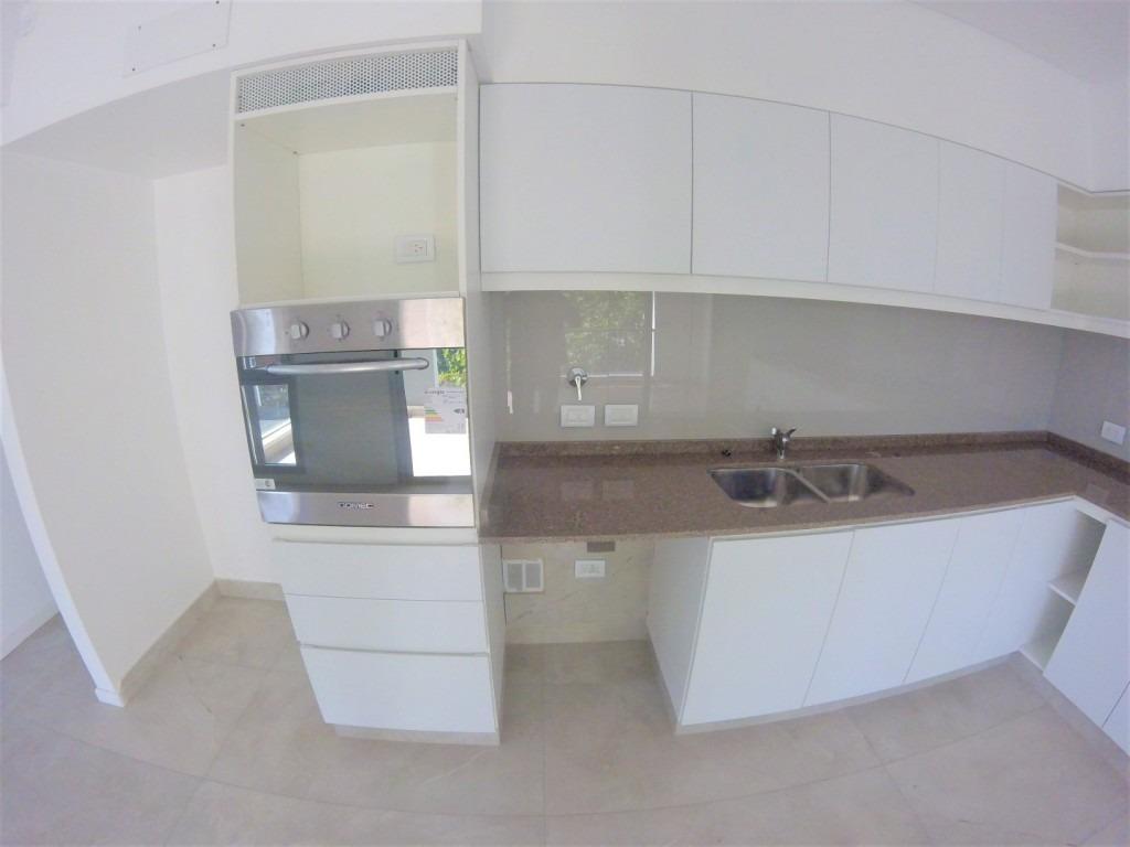 piso de 4 ambientes de categoria // haedo // venta
