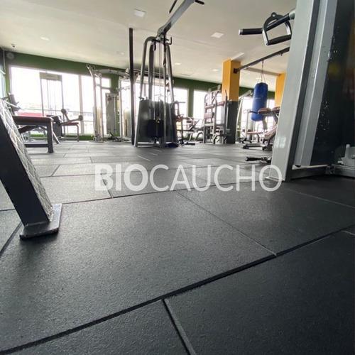 piso de caucho para gimnasio