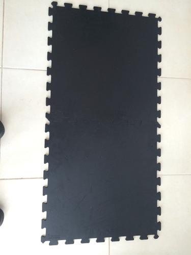 piso de hule para gimnasio 50cm2 x 7mm paquete de 4pz (1m2)