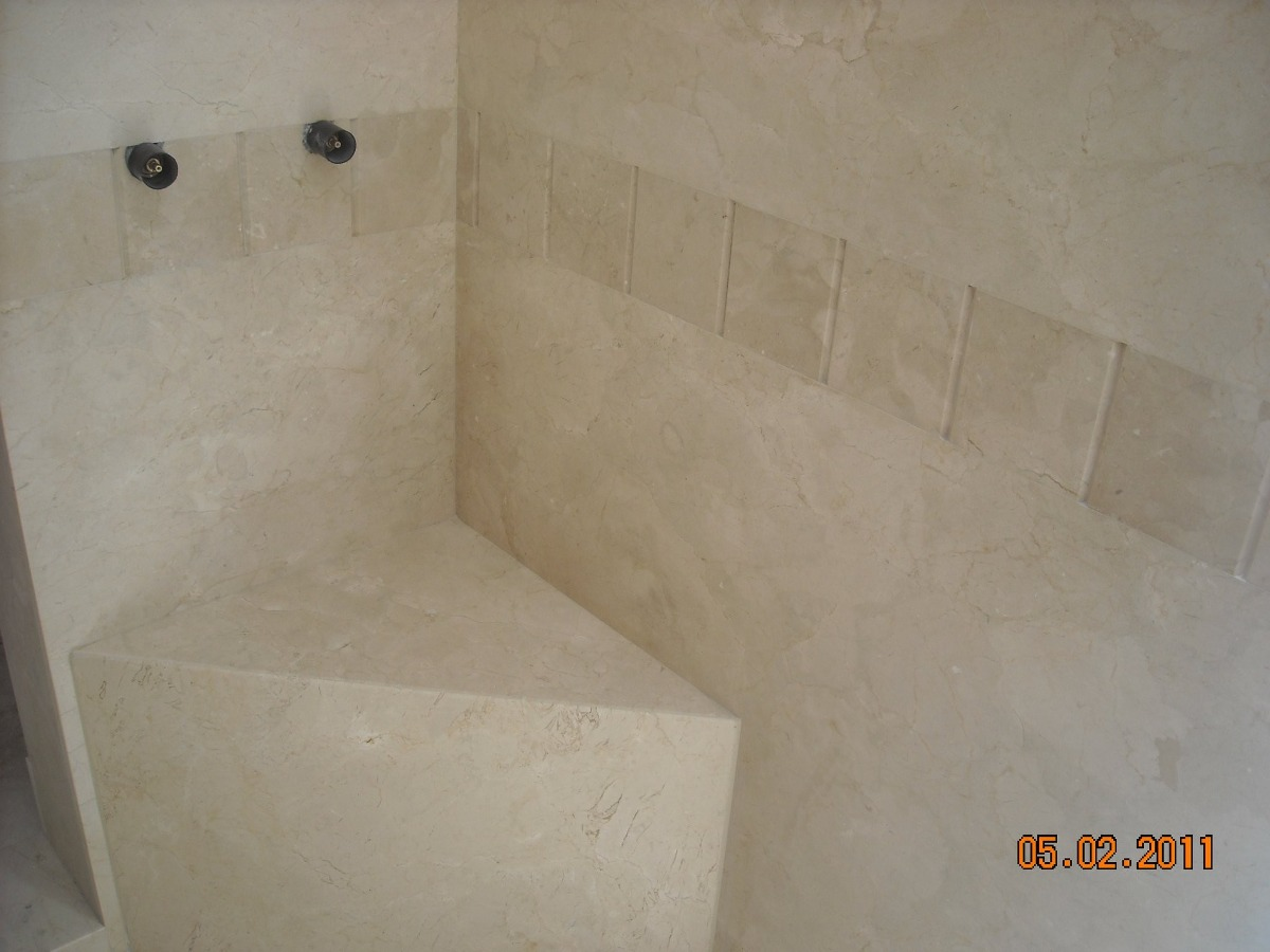 Piso de marmol travertino 30x30 225 00 m2 fiorito beige for Marmol travertino precio m2