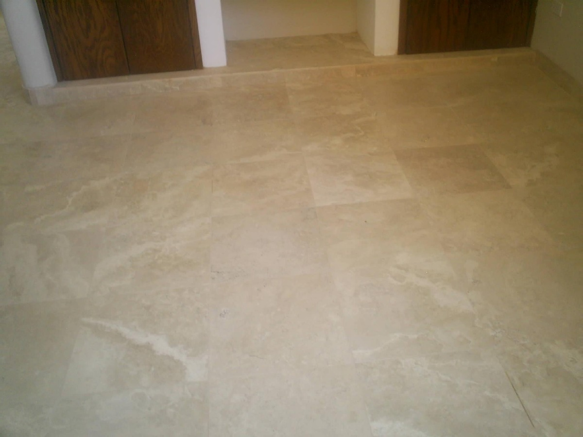 Piso de marmol travertino 30x30 225 00 m2 fiorito beige for Placa de marmol travertino