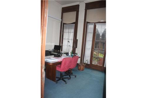 piso de oficinas en lindisimo edificio antiguo