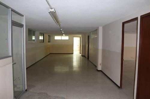 piso de oficinas en renta