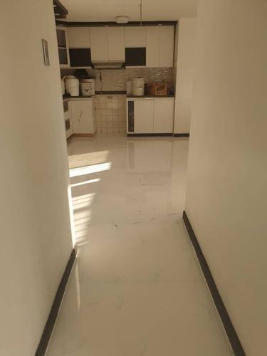 piso de porcelanato liquido