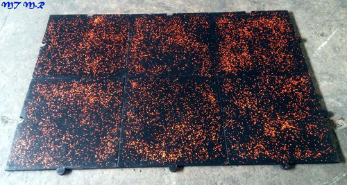 piso en caucho color para gimnasio con chips de colores